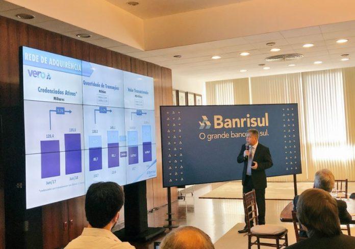 Banrisul tem aumento no lucro no semestre e diminuição na inadimplência