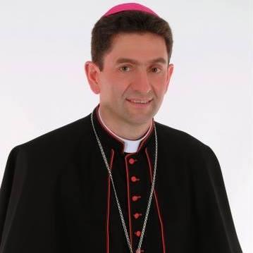 Para Bispo Dom Adelar Baruffi, lembrar os pobres é muito mais do que ajudar
