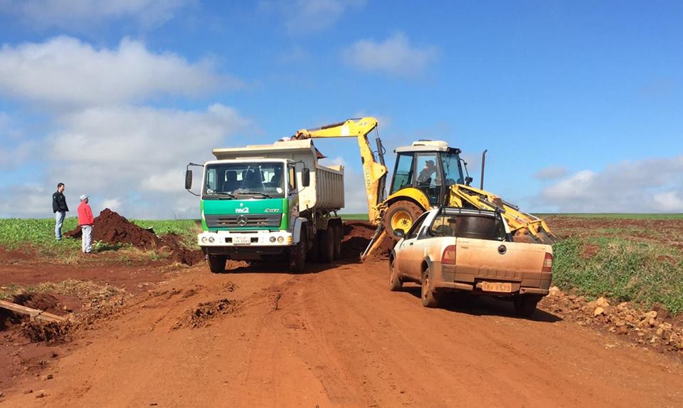 Estradas gerais recebem melhorias em Victor Graeff