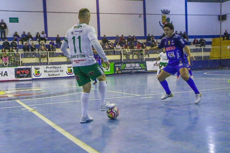 SASE de Selbach vence em casa e pula para terceiro na Liga Gaúcha