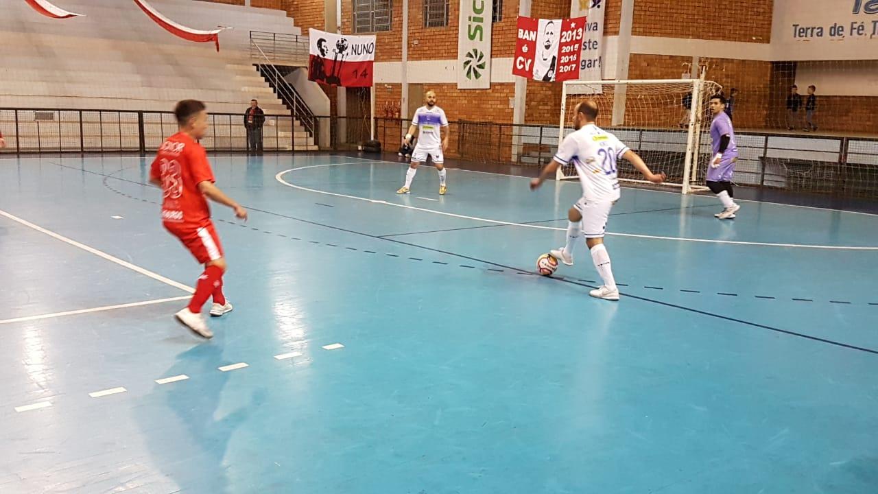Guarany/Cotriel vence de virada o América é o novo líder da Liga Gaúcha de Futsal
