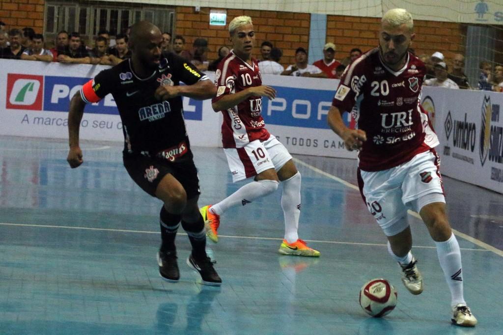 Atlântico é goleado em Tapera pelo Corinthians pela Liga Nacional de Futsal