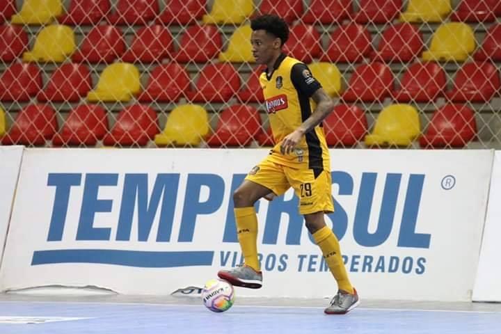 Ala Titi é contratado pelo Guarany