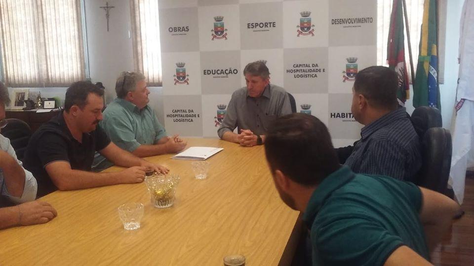 Em reunião com Eletrocar, Selbach pede solução quanto aos problemas de energia no município