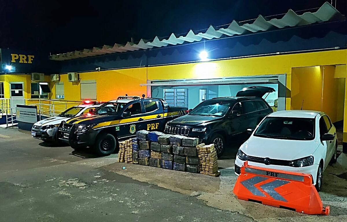PRF prende três homens e apreende quase meia tonelada de maconha em veículo roubado em Lajeado