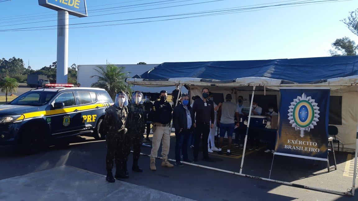 Mais de 500 caminhoneiros são vacinados contra a gripe em Lajeado e Nova Santa Rita