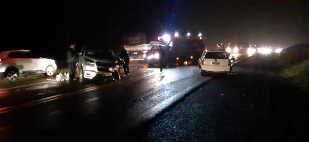 Colisão entre carros mata mulher na BR 386 em Carazinho