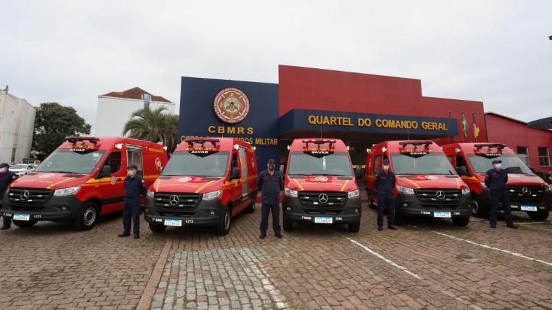 Corpo de Bombeiros de Soledade recebe ambulância
