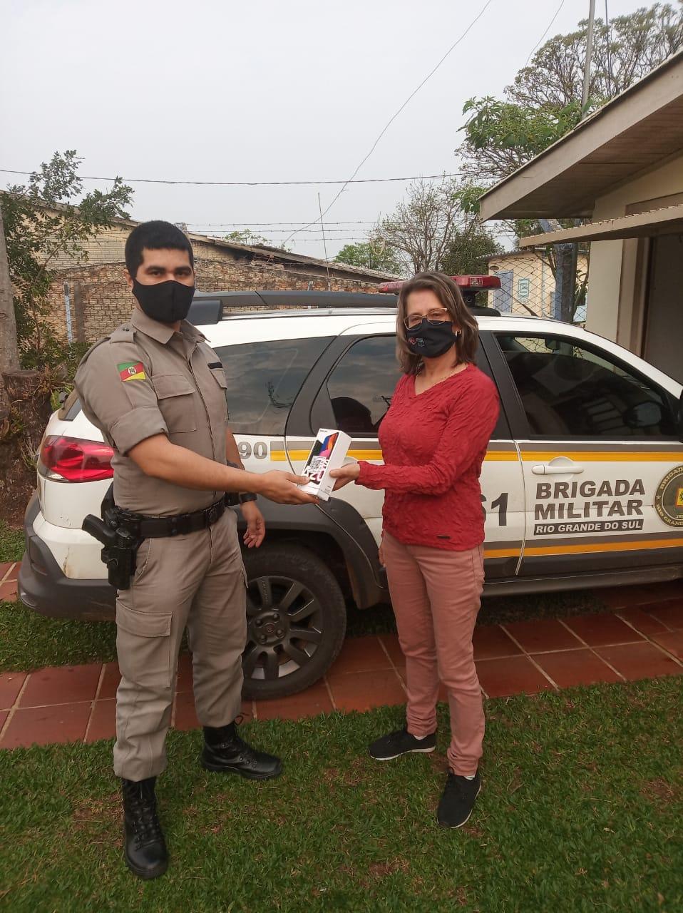 Brigada Militar de Alto Alegre recebe aparelho celular