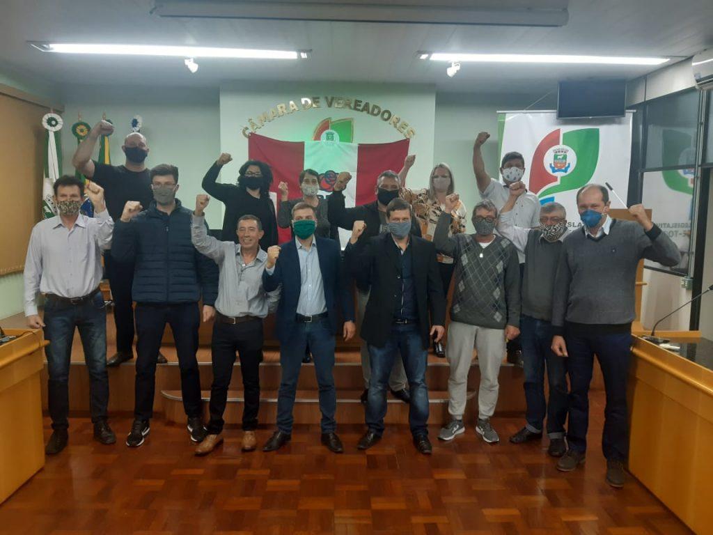 Betinho do PDT e Maiquel Junges do PSB disputarão eleição em Não-Me-Toque