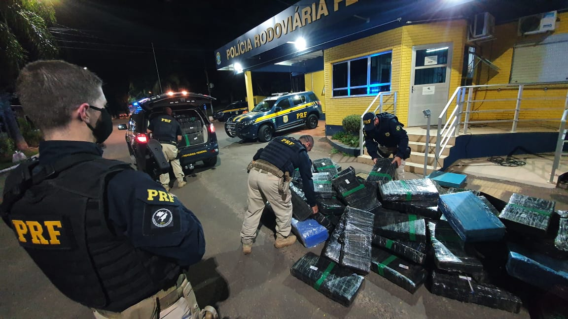 PRF apreende mais de 1 tonelada de maconha em Lajeado e soma 25 toneladas de droga apreendidas no RS