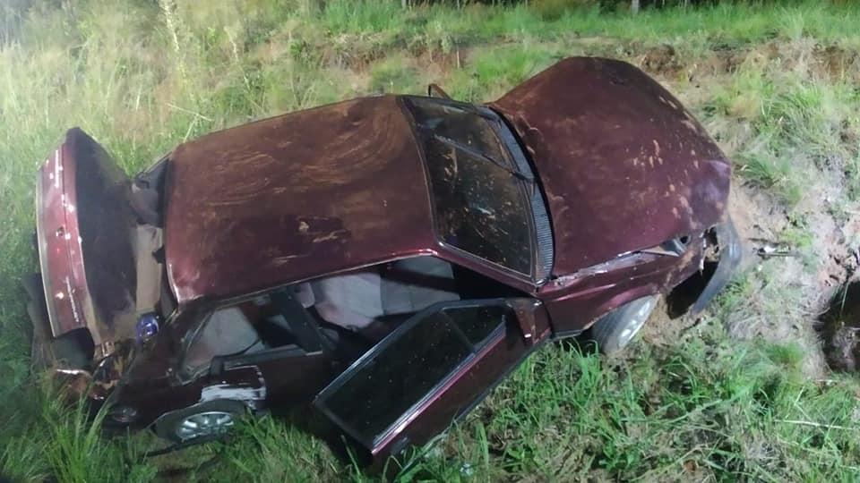 Carro sai de pista na ERS-332 e motorista fica ferido em Soledade