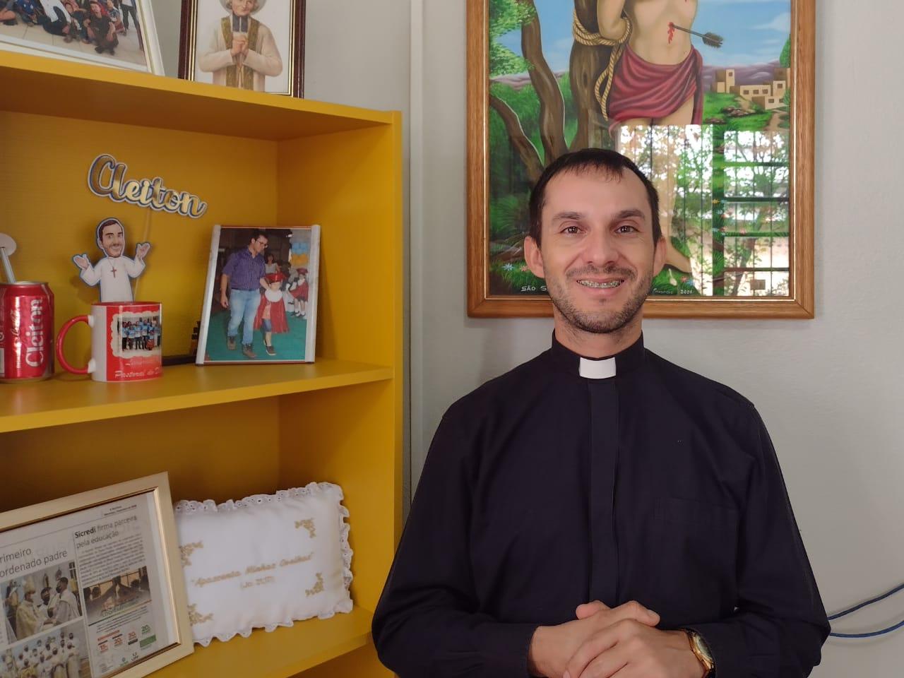 Padre Cleiton Turela Moraes assume dia 20 Paróquia São Sebastião de Campos Borges