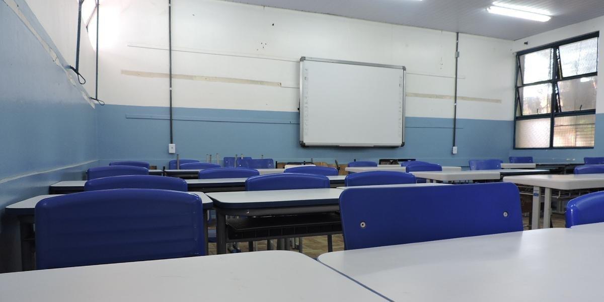 Governo do RS retira limite de ocupação para aulas presenciais