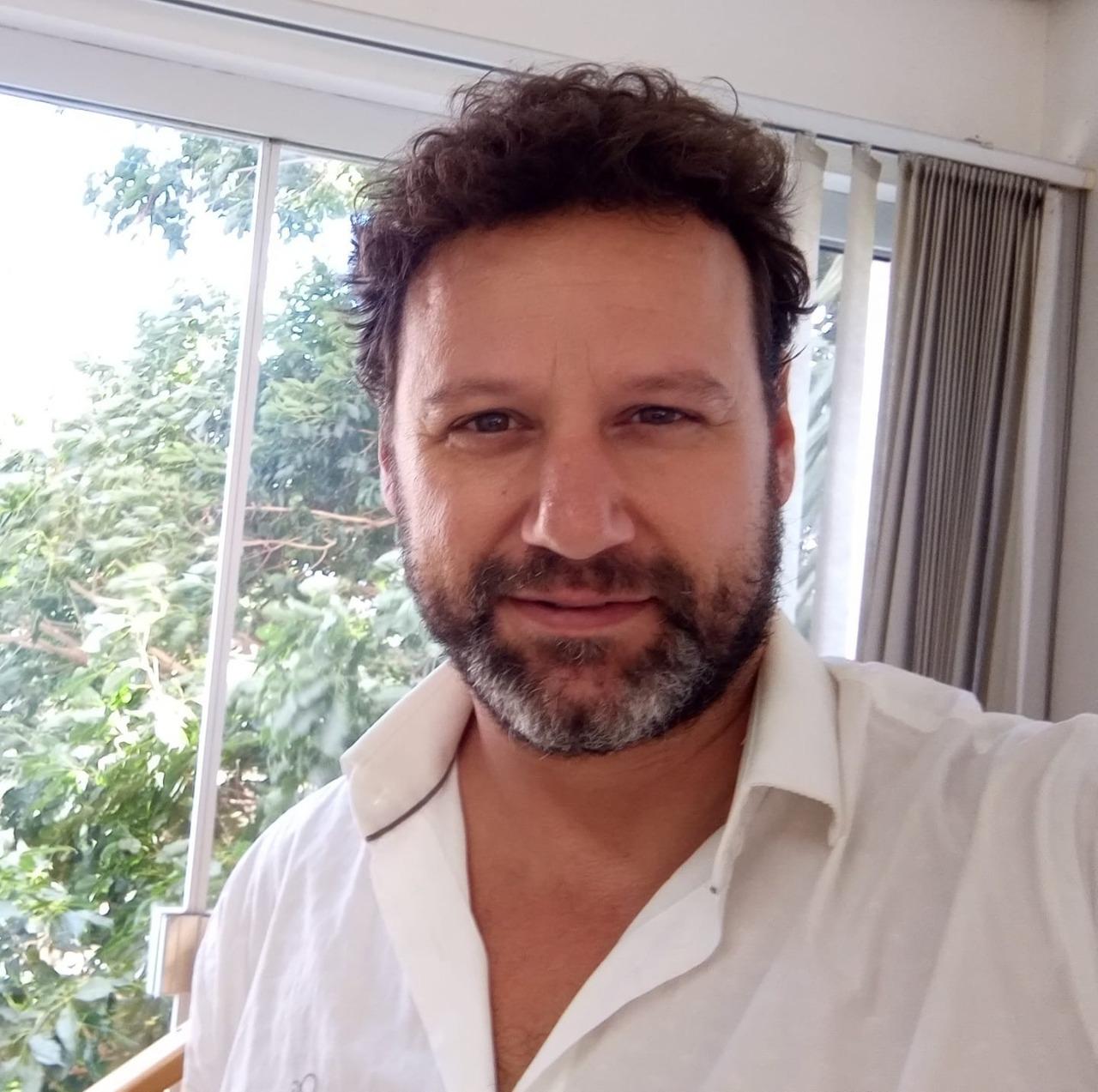Cantor Motta da dupla Fernando e Motta falece vítima da Covid-19