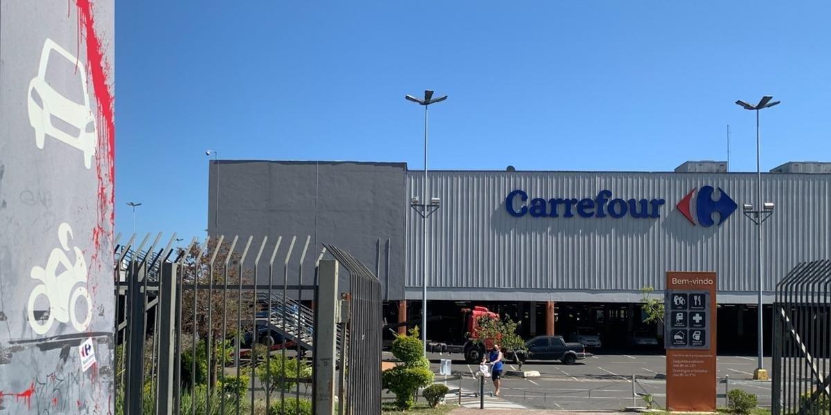 Carrefour reforça presença no Brasil ao comprar Grupo Big por 1,3 bilhão de dólares