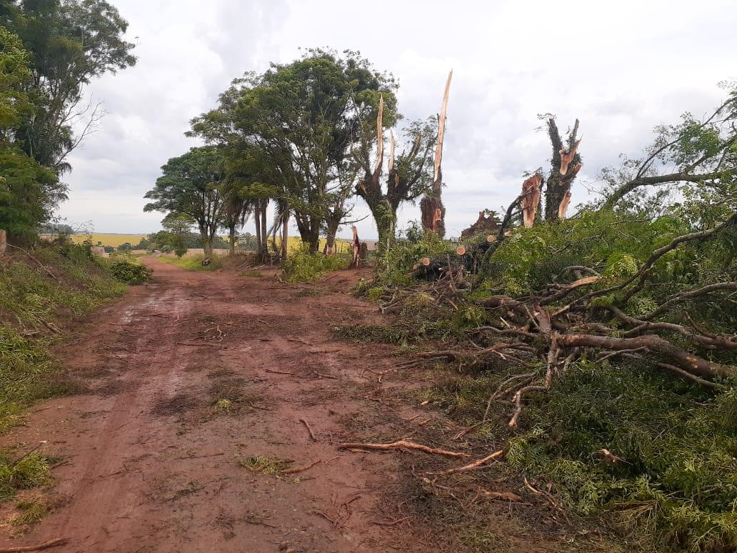 Chuva causa estragos e transtornos em cidades do interior do Rio Grande do Sul