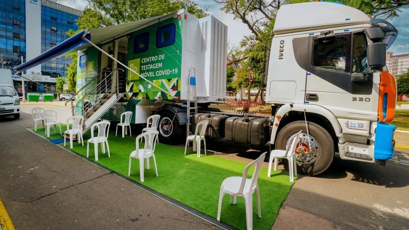 Passo Fundo e mais oito cidades fazem teste de Covid para motoristas de caminhão com destino à Argentina e ao Chile
