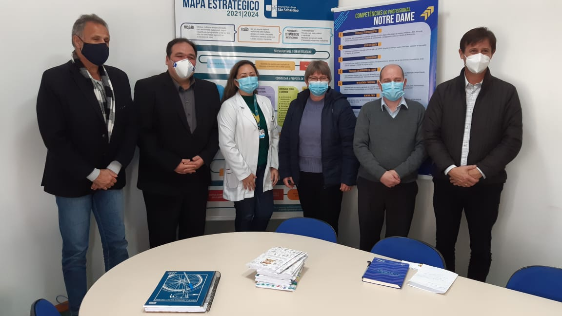 Deputados da CPI dos Medicamentos visitam Hospital de Espumoso