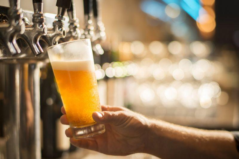 Como privatização da Eletrobras deve encarecer cerveja, carne e leite