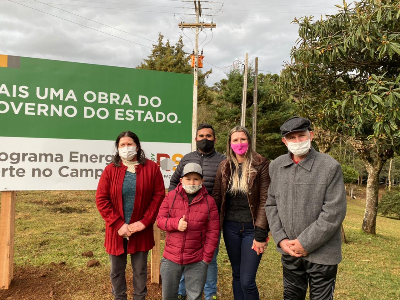 Governador Eduardo Leite visita famílias da Coprel beneficiadas com o programa Energia Forte no Campo