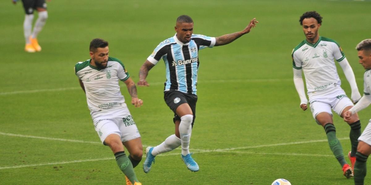 Grêmio cede empate ao América-MG e segue sem vencer em casa pelo Brasileirão