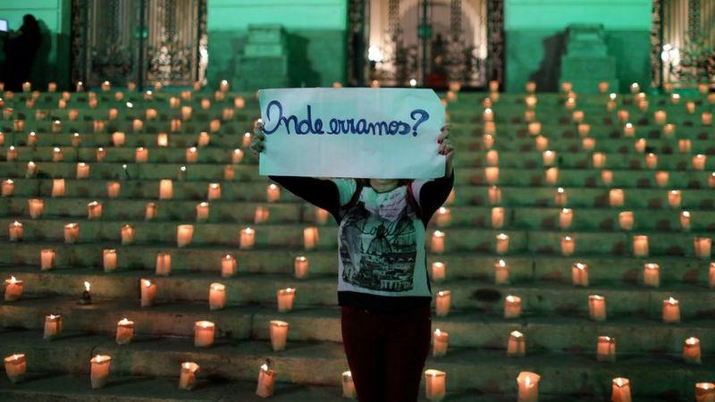 Mortes por covid: cidades com prefeita, em vez de prefeito tiveram 43% mais vítimas no Brasil