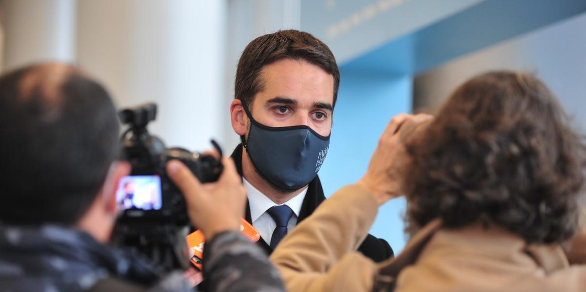 Eduardo Leite nega retomada de eventos no RS ainda nesta semana