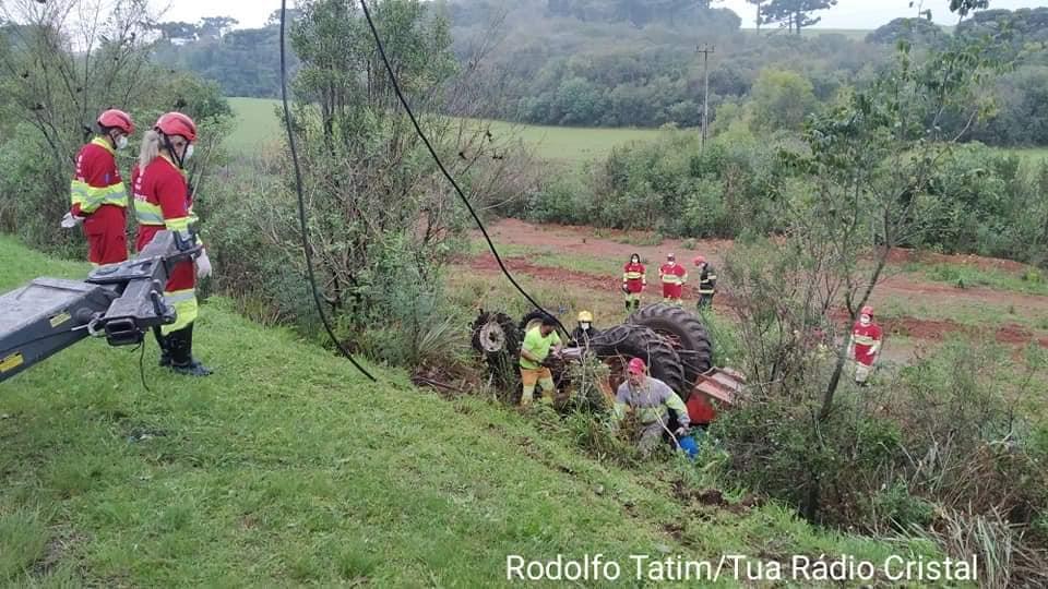 Homem morre em acidente envolvendo trator na BR-386 em Soledade