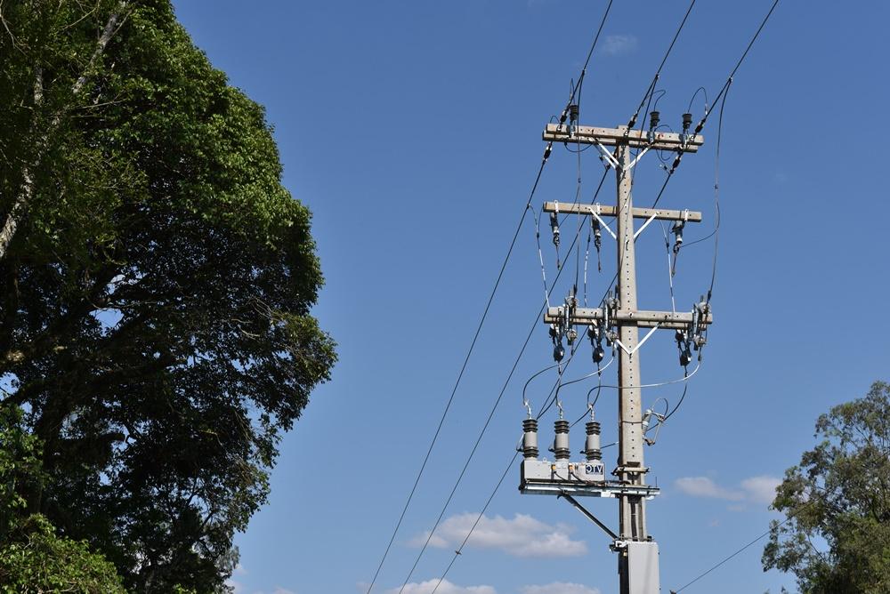 Coprel está investindo na instalação de religadores