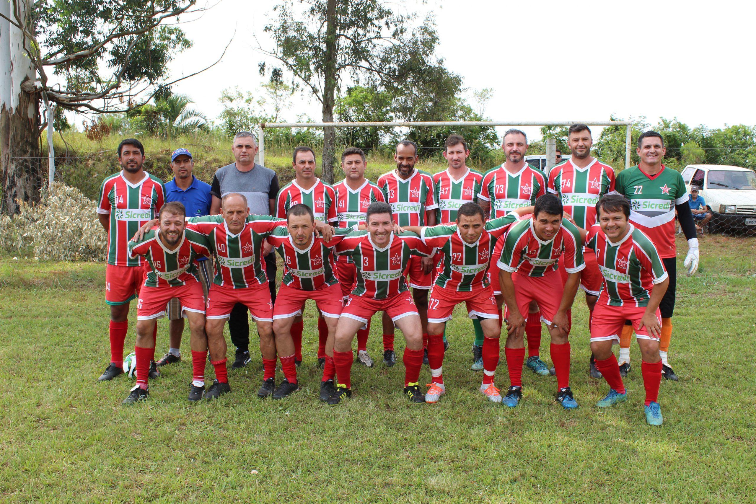 Campeonato de Tio Hugo: Mormaço finalista no veterano e EC Divino do principal