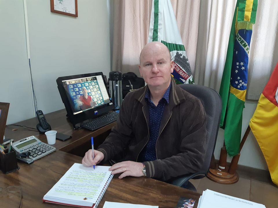 Prefeito de Victor-Graeff fala sobre casos de coronavírus no município
