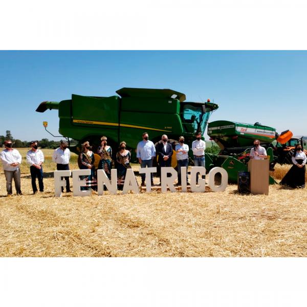 Fazenda Escola da Unicruz sedia a Abertura Oficial da Colheita do Trigo no Rio Grande do Sul