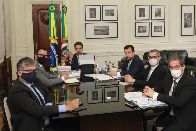 Eduardo Leite apresenta pacote para prorrogar alíquotas majoradas do ICMS no RS
