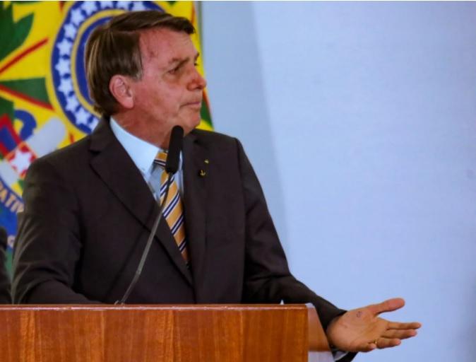 'Se não tivermos uma forma confiável de apurar, dúvida sempre vai permanecer', diz Bolsonaro sobre eleições