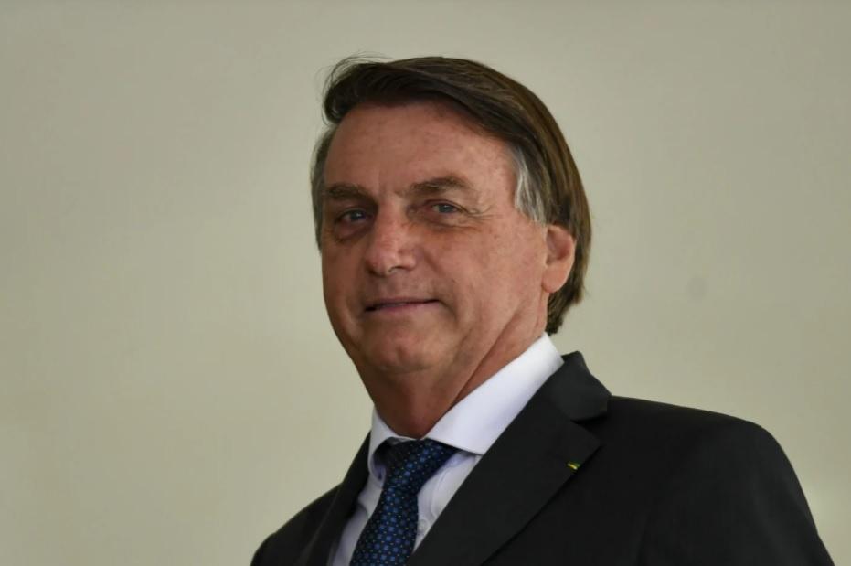 Bolsonaro articula com o Congresso Nacional adoção do voto impresso