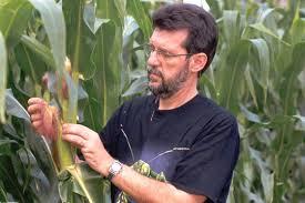 Pesquisador da EMBRAPA, Décio Gazzoni, diz que agricultor precisa estar consciente para garantir a sustentabilidade do agronegócio