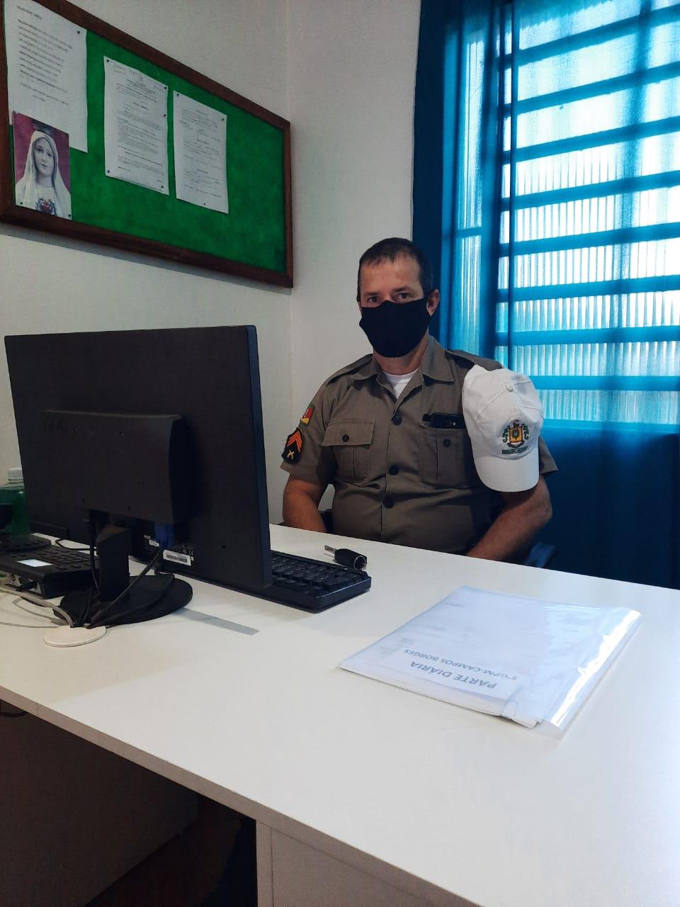 """Sargento Ailton Vidal da Brigada de Campos Borges afirma: """"Nosso trabalho é fiscalizar e autuar independente de quem seja"""""""