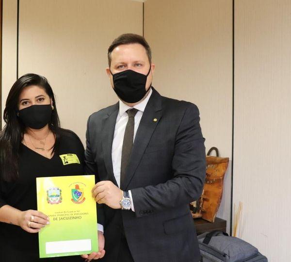 Vereadora Schaiane da Silva busca por recursos para implementar patrulha agrícola em Jacuizinho