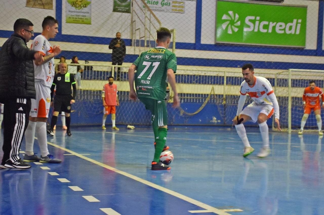 Jogando em Selbach, SASE perde a segunda seguida no Gauchão Futsal