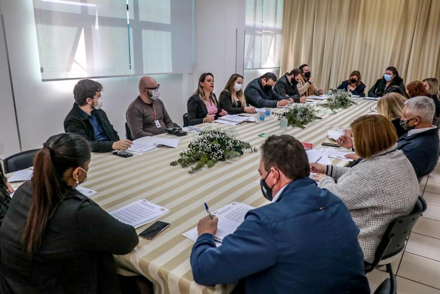 Rota das Terras Encantadas agiliza documentação para integrar municípios da região