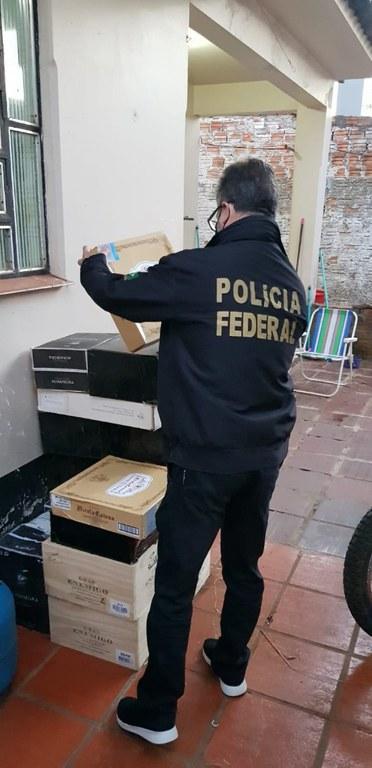 Polícia Federal deflagra Operação Sly para reprimir o descaminho de vinhos da Argentina para o Brasil