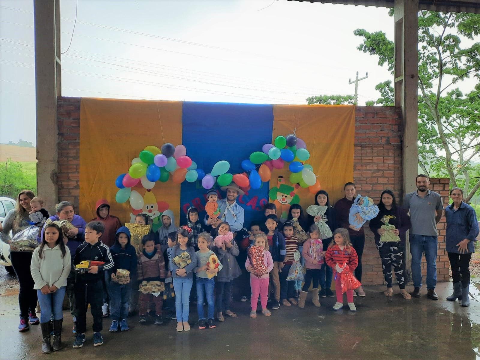 Paróquia São Sebastião realiza Campanha do Dia das Crianças e 1ª Cavalgada Solidária em Campos Borges