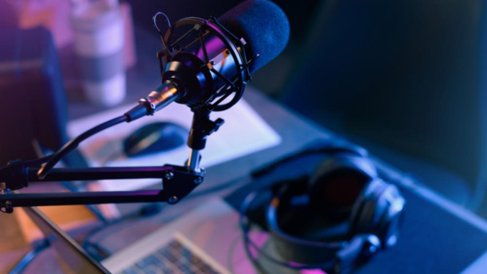 Velho (novo) rádio: comunicação que nunca morre e se reinventa