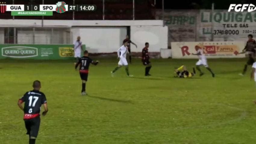 Jogador do São Paulo de Rio Grande é preso e levado para penitenciária após chutar árbitro na cabeça