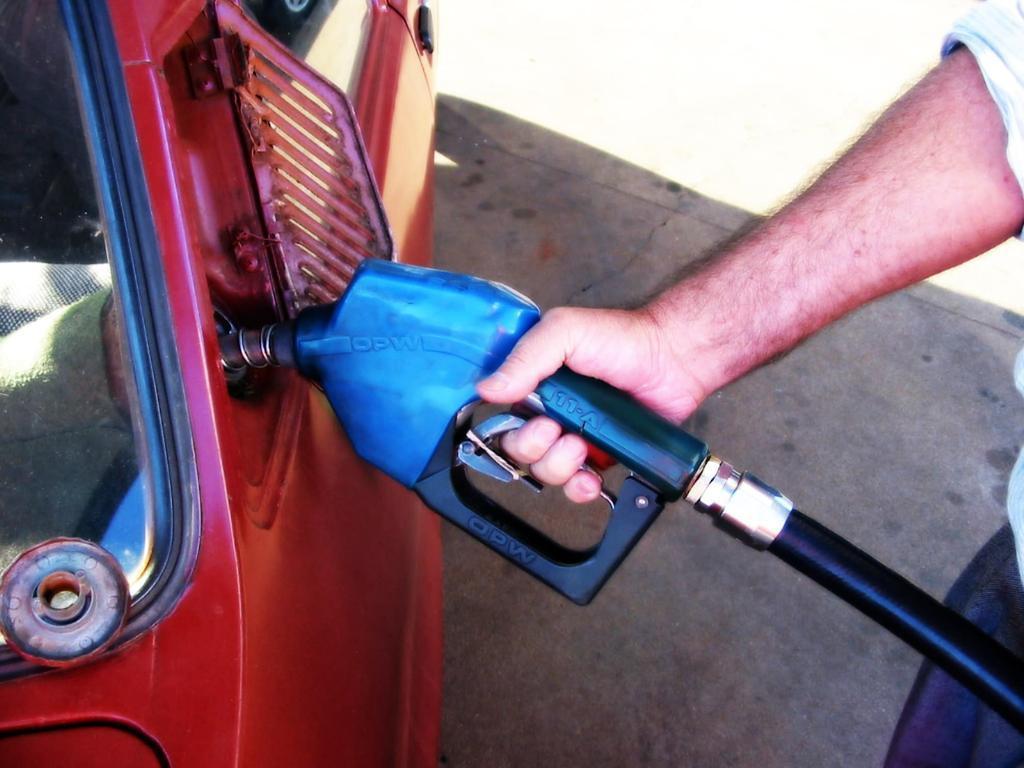 Petrobras anuncia aumento no diesel, gasolina e gás de cozinha