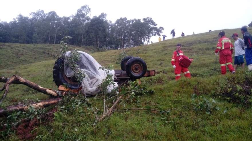 Agricultor morre em acidente com trator no interior de Passa Sete