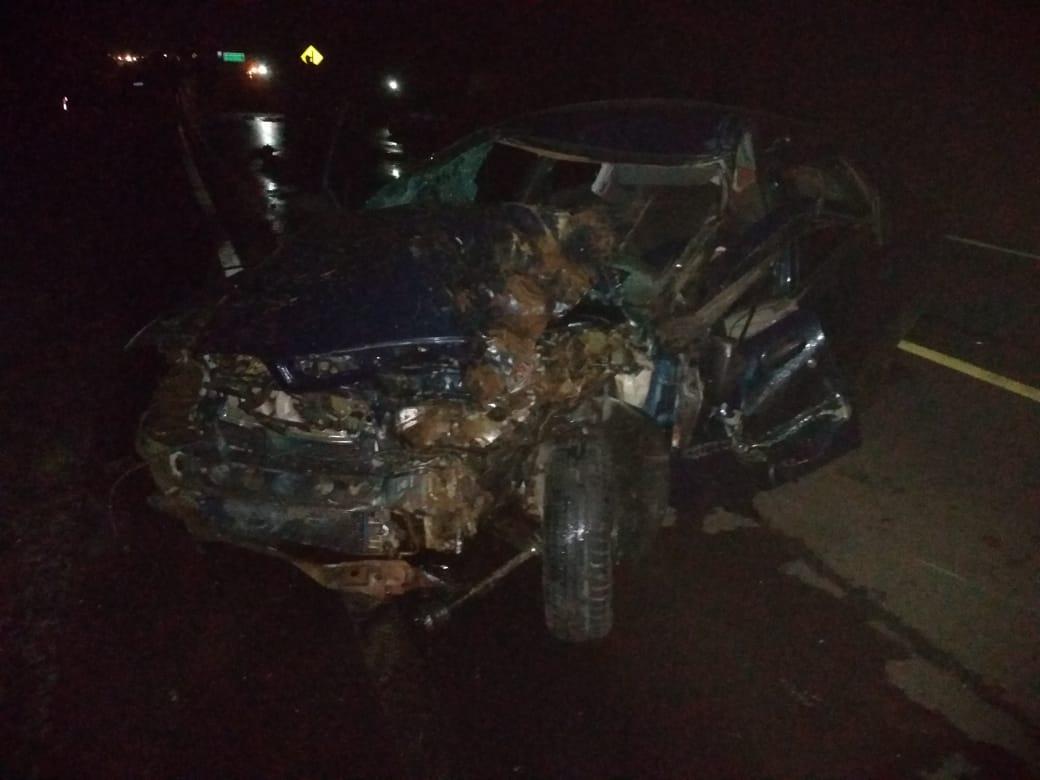 Seis pessoas ficam feridas em acidente entre dois carros e um trator na RSC-481. Uma está em estado grave