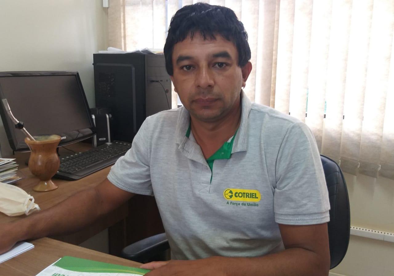 Paulo Gilmar Schneider deixa a secretaria de educação e volta para a Câmara