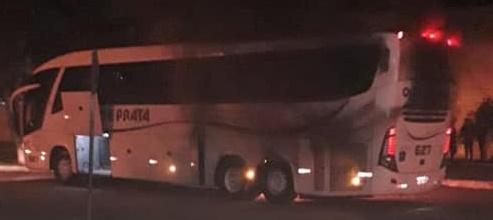 Ônibus pega fogo na Rodoviária de Cruz Alta